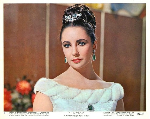 elizabeth-taylor-the-vips-homa-nasab-for-museumviews-765359666